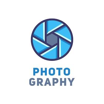 Logotype pour le studio ou le photographe. illustration vectorielle.