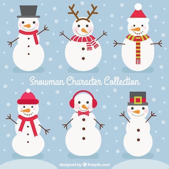 Lot de bonhommes de neige avec des accessoires