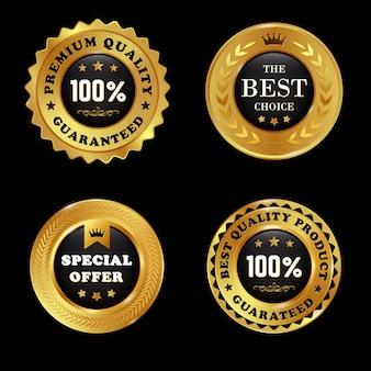 Lot d'étiquettes dorées de qualité premium avec élément de couronne isolé sur fond blanc