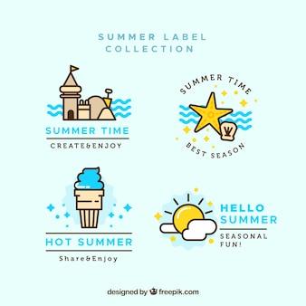 Lot d'étiquettes d'été avec des éléments de plage