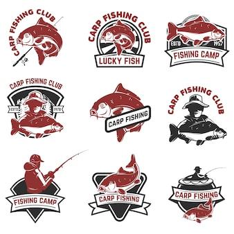 Lot d'étiquettes de pêche à la carpe sur fond blanc. éléments pour logo, albel, emblème, signe. illustration.