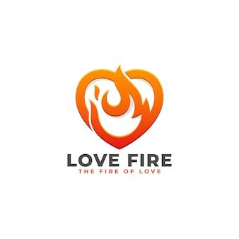 Love fire - modèle de logo de puissance de coeur