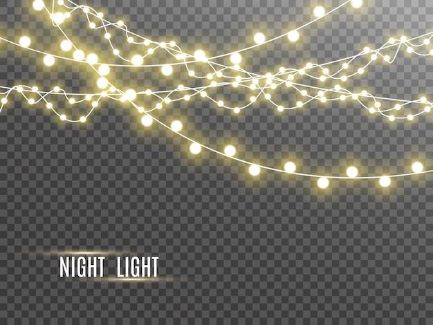 Lumières de noël isolées sur fond transparent. illustration.