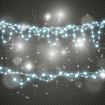Lumières de noël isolés sur fond transparent.