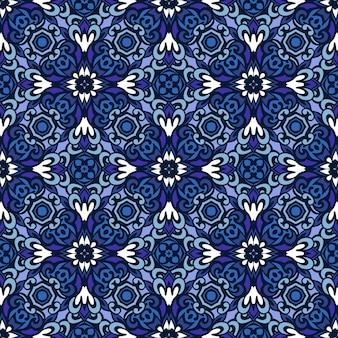 Magnifique motif décoratif sans couture à partir d'ornements de carreaux orientaux bleus et blancs