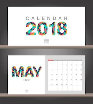 Mai 2018 calendrier. modèle de conception moderne de calendrier de bureau avec des styles de papier découpé