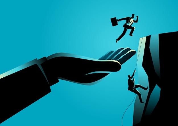 Main aidant un homme d'affaires à atteindre une plateforme supérieure