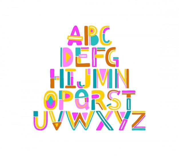 Main dessiné des lettres géométriques abstraites colorées de a à z.