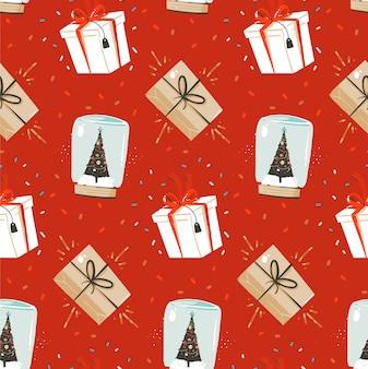 Main dessinée abstraite joyeux noël et bonne année temps dessin animé modèle sans couture nordique avec illustration mignonne de coffrets cadeaux surprise et sphère de boule à neige sur fond rouge.