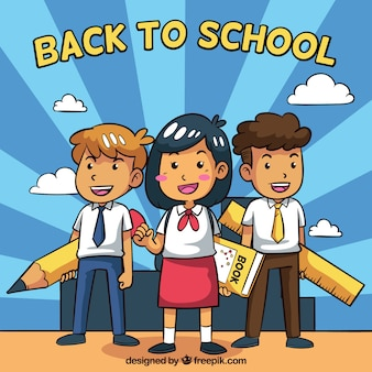 Main ramenée à l'arrière-plan de l'école