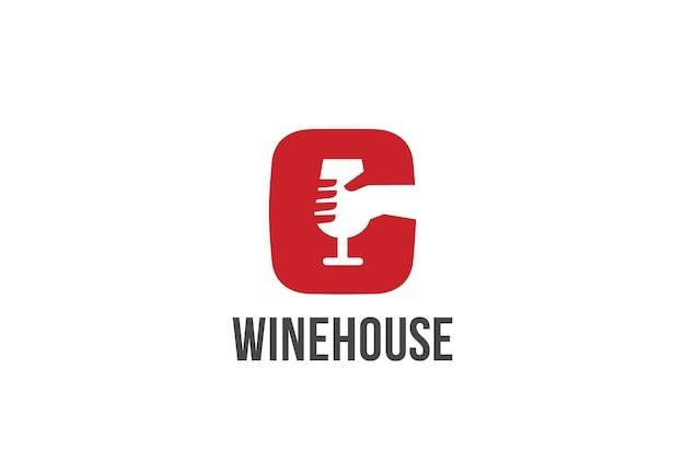 Main tenant l'icône du logo de verre à vin.