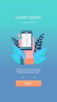 Main tenant le smartphone avec plan du métro