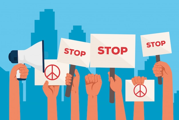 Mains avec des pancartes de protestations, arrêt et signe de paix et d'amour, tenant des bannières, activiste avec signe de manifestation de grève, concept de droit de l'homme