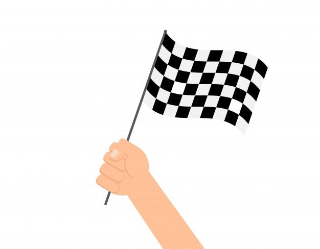 Mains tenant un drapeau à damier