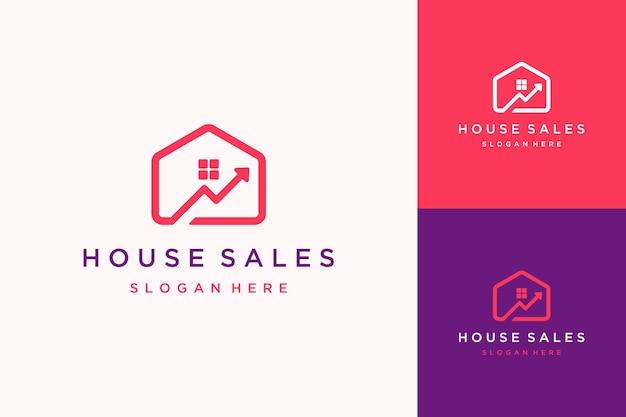 Maison de conception de logo d'investissement ou maison avec une flèche montante
