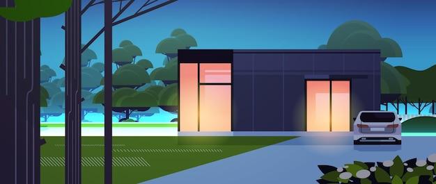 Maison moderne de panneaux sandwich avec fenêtres panoramiques construction de logements modulaires respectueux de l'environnement