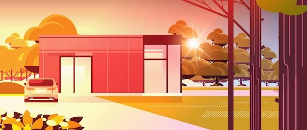 Maison moderne de panneaux sandwich avec de grandes fenêtres panoramiques construction de maisons contemporaines respectueuses de l'environnement concept de logement modulaire coucher de soleil fond de paysage illustration vectorielle horizontale