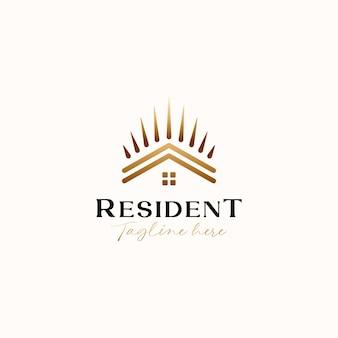 Maison de toit avec modèle de logo monoline gradient crown gold isolé sur fond blanc