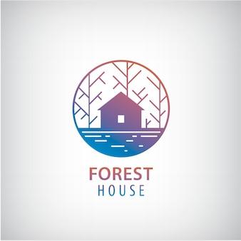 Maison de vecteur dans le logo des bois. cabine dans le logotype de silhouette de forêt, icône de propriété
