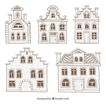 Maisons dessinées à la main minimalistes