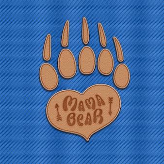 Maman ours symbole du maternage sous la forme de coeur et patte d'ours