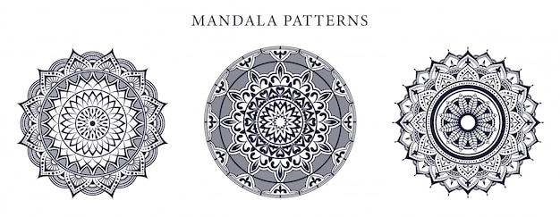 Mandala ornamental luxury couleur or