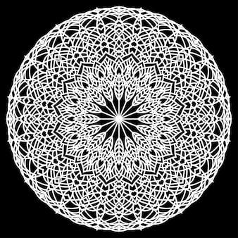 Mandala rond en dentelle ornementale orientale monochrome dessiné à la main pour une utilisation dans un t-shirt de conception, une carte vintage, une invitation à une fête, une affiche, des brochures, un album cadeau, une couverture ou des pages de scrapbook
