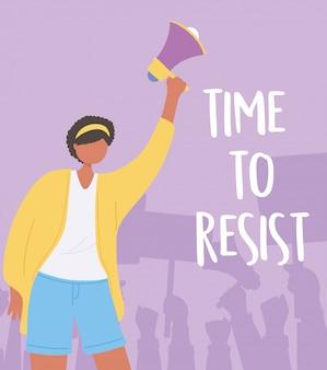 Manifestation de protestation, jeune femme tenant illustration activiste mégaphone