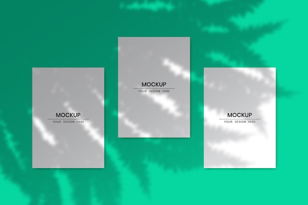 Maquette de cartes papier verticales vierges avec effet de superposition d'ombre