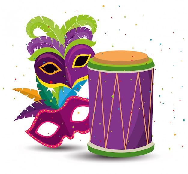 Mardi gras avec masques de fête et tambour