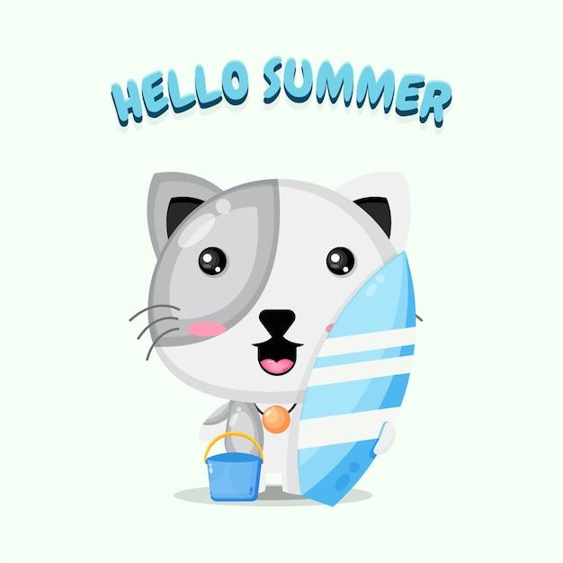 Mascotte de chat mignon portant une planche de surf avec des salutations d'été
