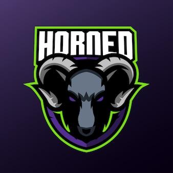 Mascotte de chèvre pour le logo de sports et esports isolé
