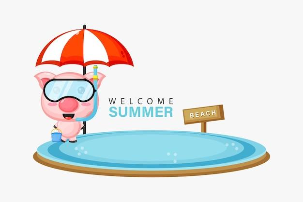 Mascotte de cochon mignon nageant sur la plage avec des salutations d'été