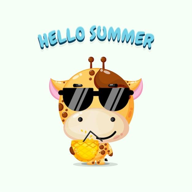 Mascotte de girafe mignonne portant du jus d'ananas avec des salutations d'été