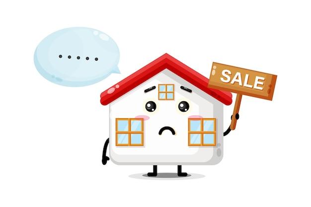 Mascotte de maison mignonne avec le signe des ventes