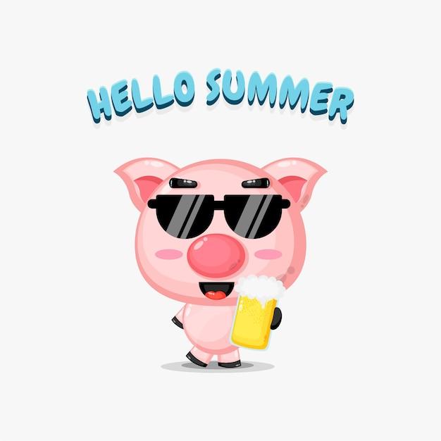 La mascotte mignonne de porc apporte la bière avec des salutations d'été