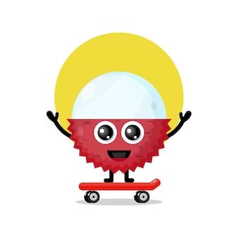 Mascotte de personnage mignon de planche à roulettes de litchi