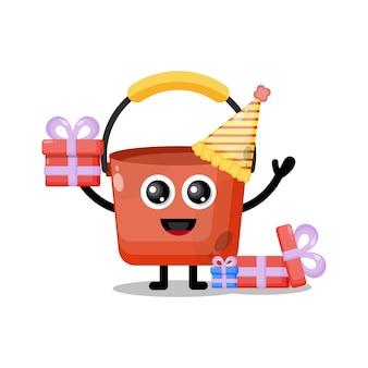 Mascotte de personnage mignon de seau d'anniversaire