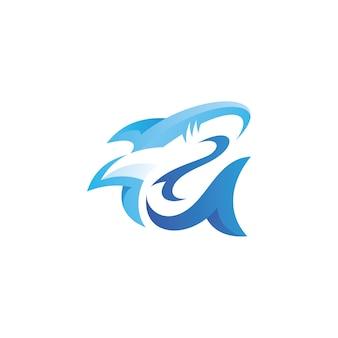 Mascotte de poisson requin