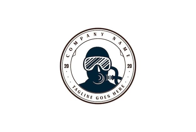 Masque de plongée rétro vintage pour vecteur de conception de logo de club de sport de plongée