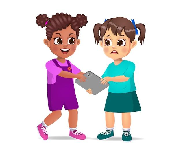Mauvais enfant prenant la tablette de son amie avec force. isolé sur blanc
