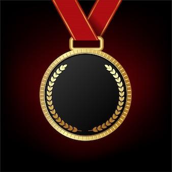 Médaille d'or isolée sur fond rouge