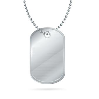 Médaillon militaire en argent avec étiquette d'identité.