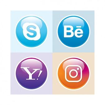 Les médias sociaux button set