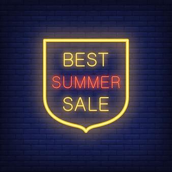 Meilleur signe de vente d'été illustration dans un style néon avec un texte brillant en forme de bouclier