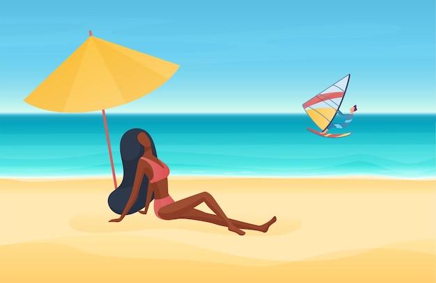 Mer d'été ou vacances au bord de la plage de l'océan dans l'homme tropical surfeur surf