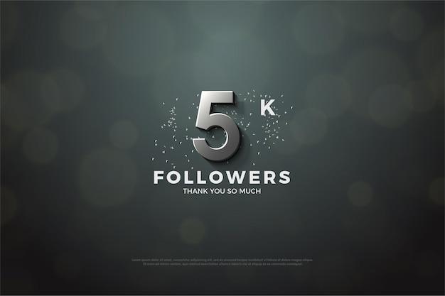 Merci beaucoup 5k abonnés avec un nombre et des points argentés.
