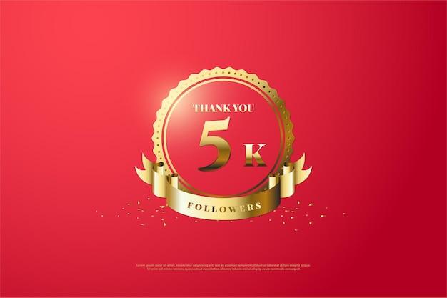 Merci beaucoup 5k followers avec un numéro au milieu d'un luxueux symbole doré.