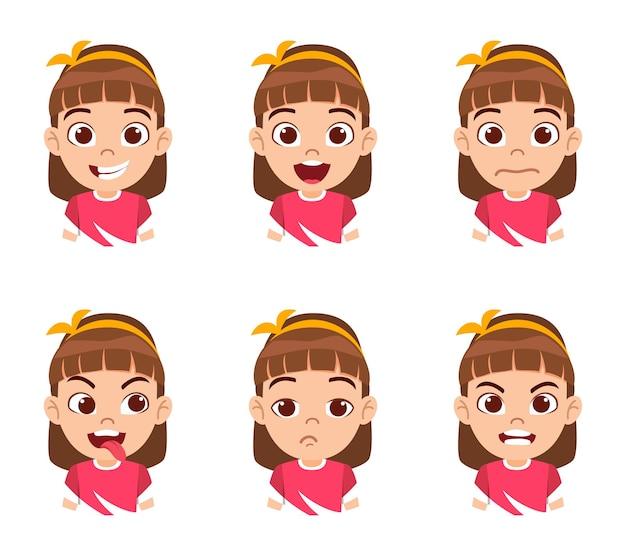 Mignon beau personnage de fille enfant montrant des émotions et différentes expressions faciales isolées avec un beau t-shirt rouge
