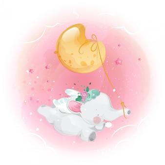 Mignon petit éléphant et lune dans le ciel lumineux.